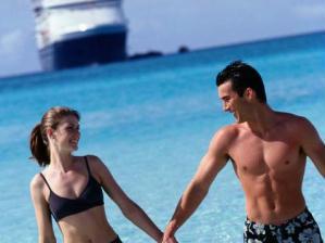 Cruzeiro - casal no mar