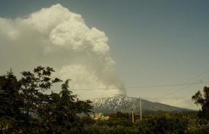 Erup��o do Etna, em maio de 2008