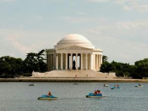 O Memorial ao presidente Thomas Jefferson � um dos pontos mais visitados de Washington.