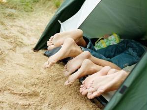 Camping - pessoas acampando