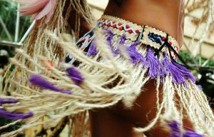 Dan�arina evolui durante o Festival de Parintins