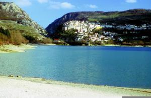 Lago de Barrea.