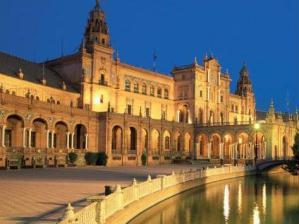 Sevilha, na Espanha, � um destino para casais requintados, que gostam de cultura e obras arquitet...